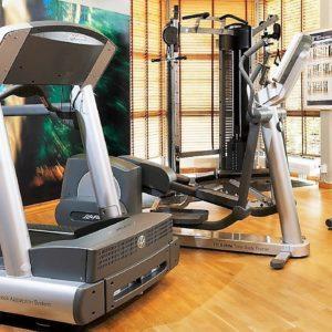 Kompletta gym ny-begagnad gymutrustning
